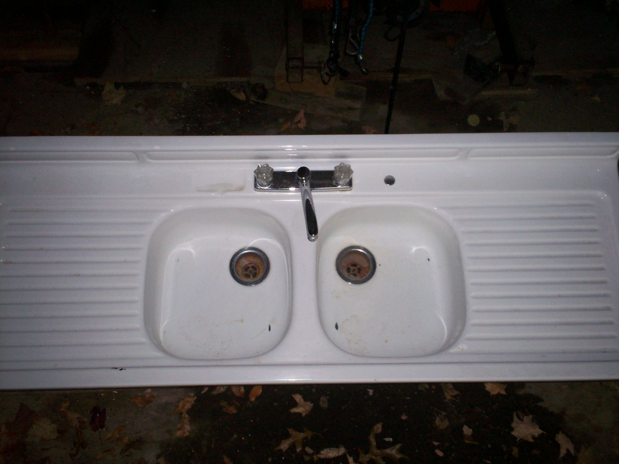 ANTIQUE PORCELAIN FARMHOUSE DOUBLE BASIN KITCHEN SINK - For Sale ...